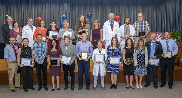 Group photo of 2018 UArizona College of Medicine – Tucson teaching award winners