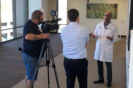 KOLD13/FOX11 anchor Craig Thomas and Dr. Sasha Taleban at Banner – University Medicine North