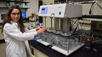 Maria Fernanda Acosta, PhD, works on inhaler research