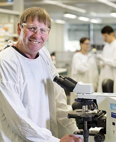 Dr. Phil Hansbro, University of Newcastle, Australia